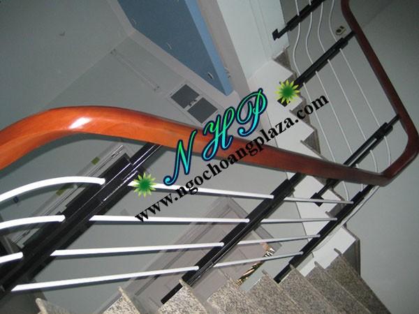 Lan can cầu thang sắt cao cấp