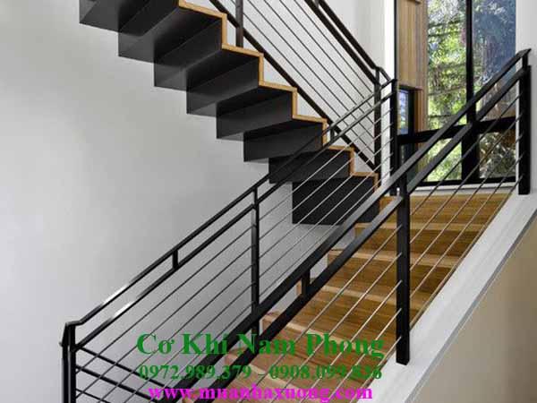 Mẫu cầu thang sắt đơn giản nhưng đẹp
