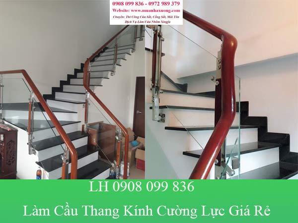 Dịch vụ làm cầu thang kính cường lực giá rẻ