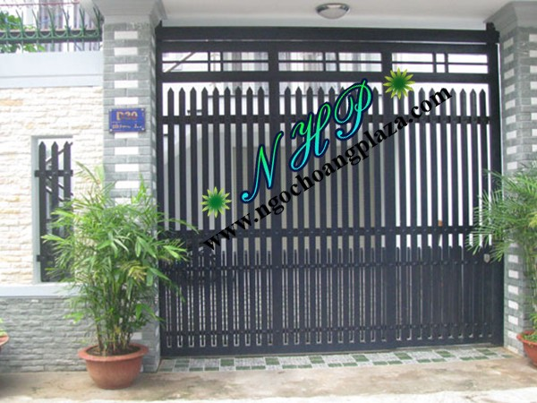 Làm cửa cổng sắt đẹp tại TP HCM